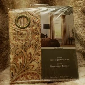 2 panels (1 pair) of curtains from Pier 1 NWT